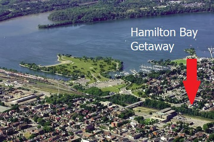Hamilton Bay Getaway - Entire house & Free Parking