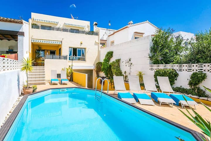 SUPER Costa Blanca Pool Home,Sleeps 12,Full Aircon