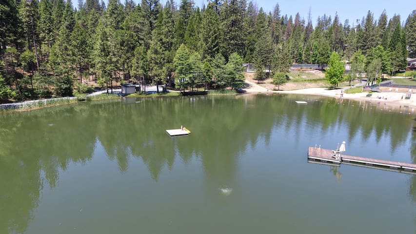 Lodge Lake