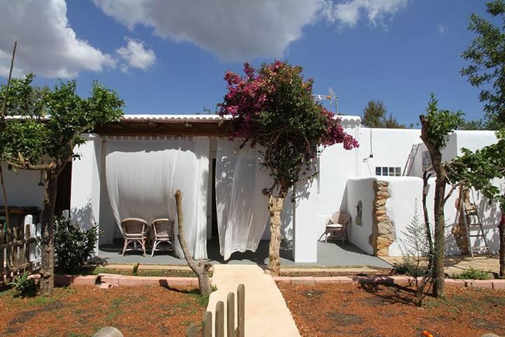 Suite el Naranjo - Santa Eulària des Riu - บ้าน