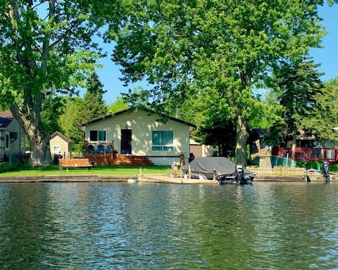 The Cottage on Trent River (air conditioned)