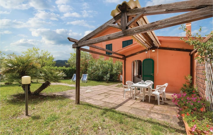 Amazing home in Capoliveri -LI- with 3 Bedrooms