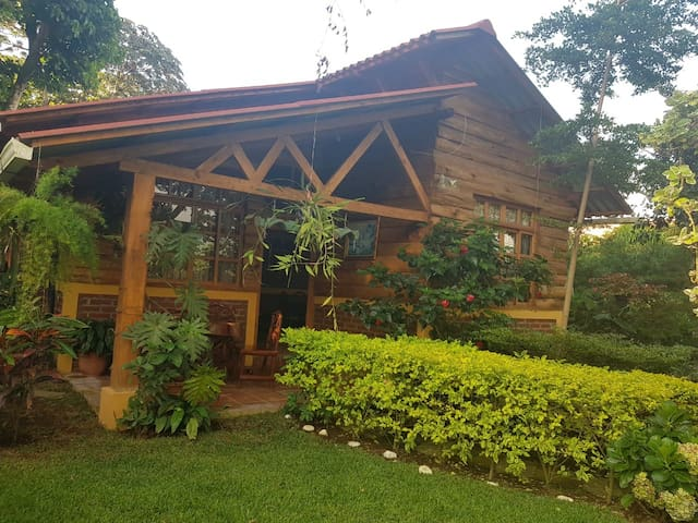Hermosa Cabaña Juayua Sonsonate