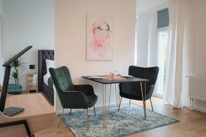 Modernes und stilvolles Studio in der Innerstadt