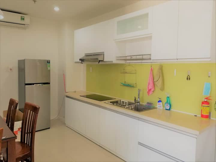 2 bedrooms condominium, Monarchy tower, 8th floor