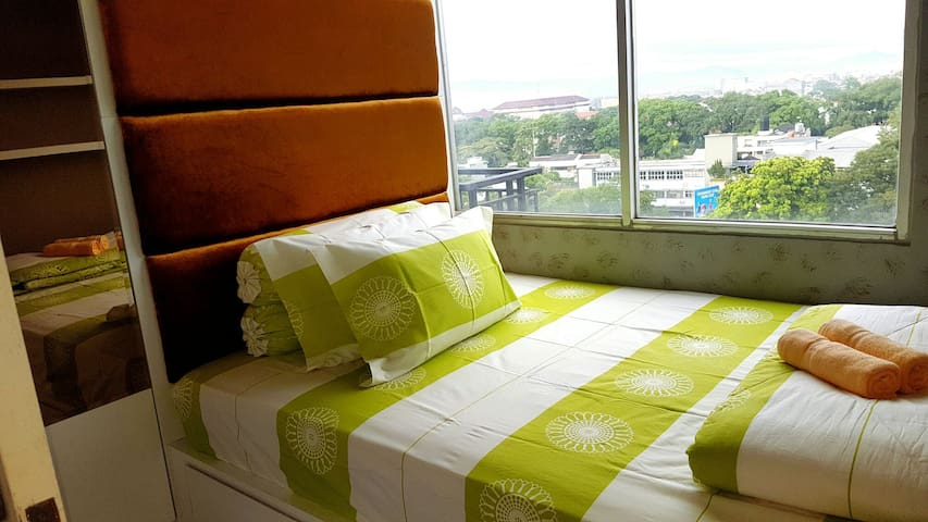 2BR Apt/up to 5 people/near Cihampelas Walk&Teras - Bandung - Appartement