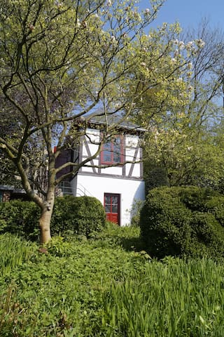 summer house in big garden - Osnabrück