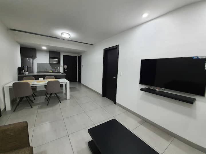 Quo Luxury Apartments• Guayaquil• FREE Parking