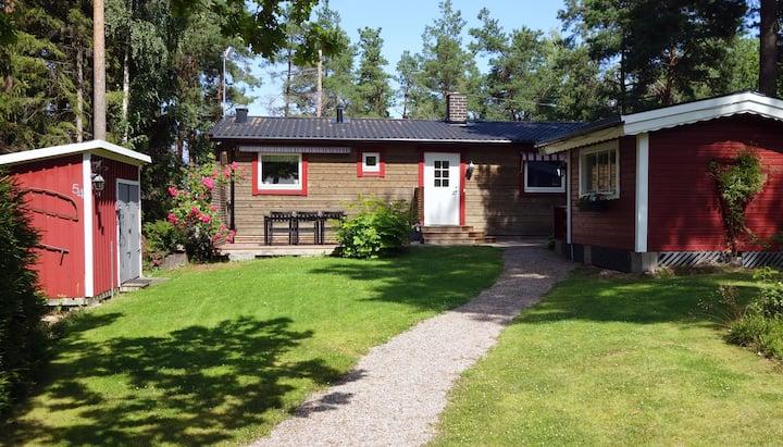 Modern cottage in idyllic Kungsör