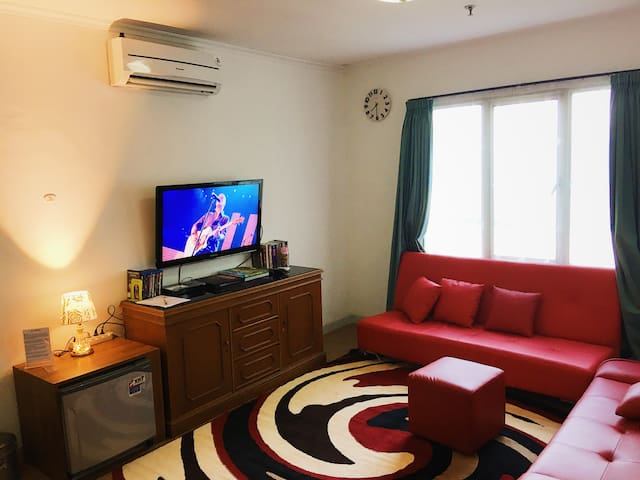 BRIGHT & BEST VALUE apartment in the HEART of Jkt - DKI Jakarta - Apartment