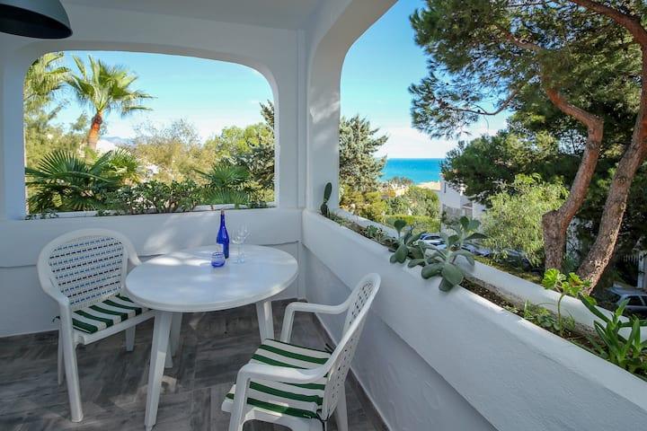 Lovely reformed apartment near La Cala beach