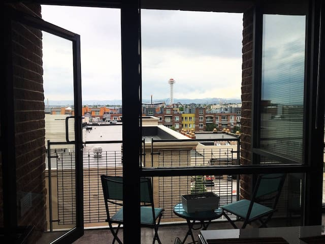 Mountain Views. Union Station, LoDo/LoHi 1Bd/1Bath
