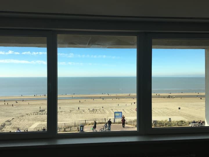 Sunbeam 1. Zandvoort (2p). Sea view. Private room