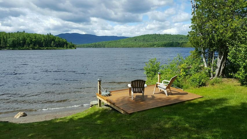 Lakefront Cottage w/ private beach - Rangeley - Huis