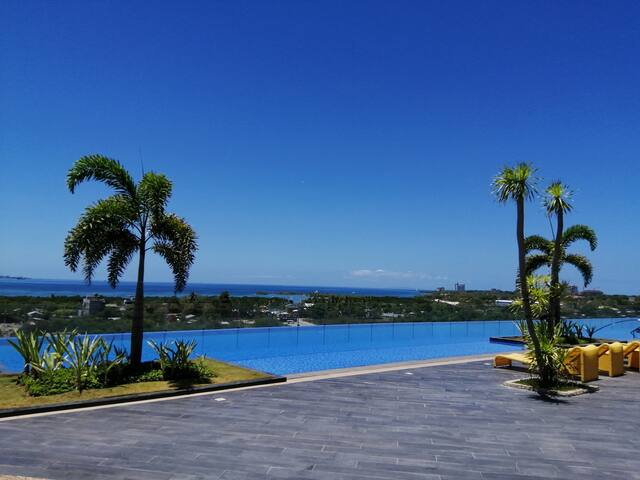 Mactan Newtown with 360 Degrees Sea and Pool View