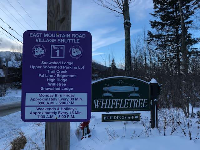 3 Bdr Condo/Sleeps 8/Ski Home Trail/Shuttle to Mtn