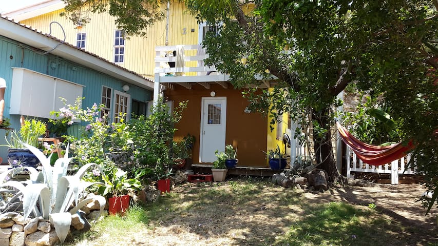 1 Person Room at Fairytale Curaçao - Willemstad - Bed & Breakfast