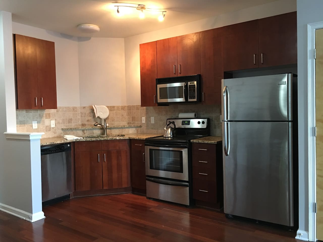 A fabulous and fully equipped kitchen for a home away from home feel