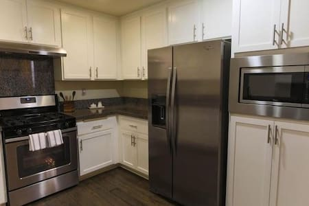 Close to Cisco,Sandisk,Tencor,Levi & Great America - Milpitas - Appartement