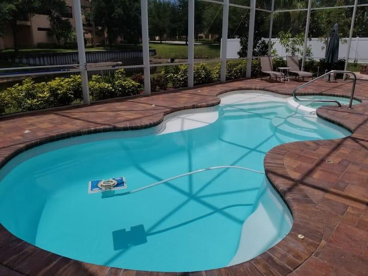 Linda's Master Suite/Pool, Luxury, Tarpon Springs