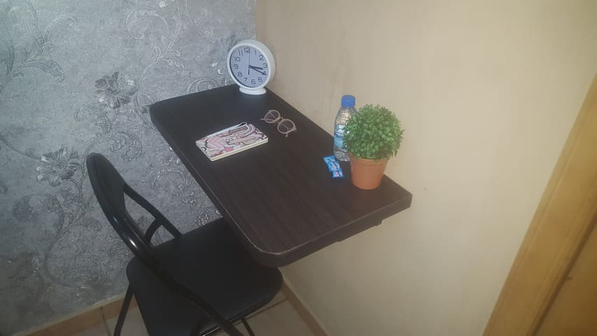 Ensuite Room in BQ with free WiFi