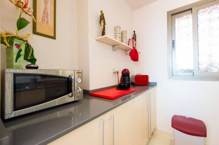 Anna's Topfloor - Estepona - Apartemen