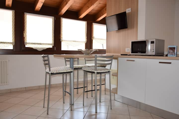 Dreams Flowers Apartments Tulipano Apartments For Rent In Villafranca Di Verona Veneto Italy