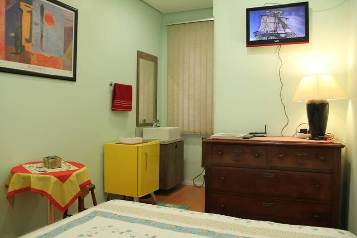 Apartamento Jk próximo ao Instituto de Cardiologia