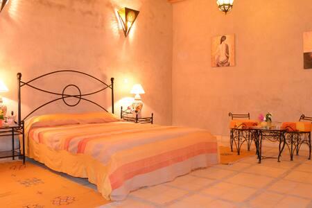 Riad Ain Khadra - Chambre SAFRAN