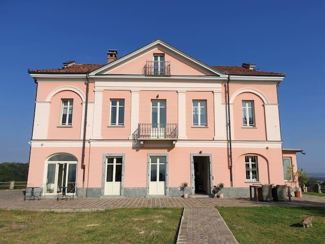 Villa Pumilla Terra, grandezza in Monferrato