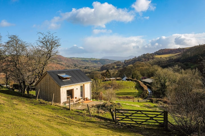 Hillside hideout in the Upper Wye Valley