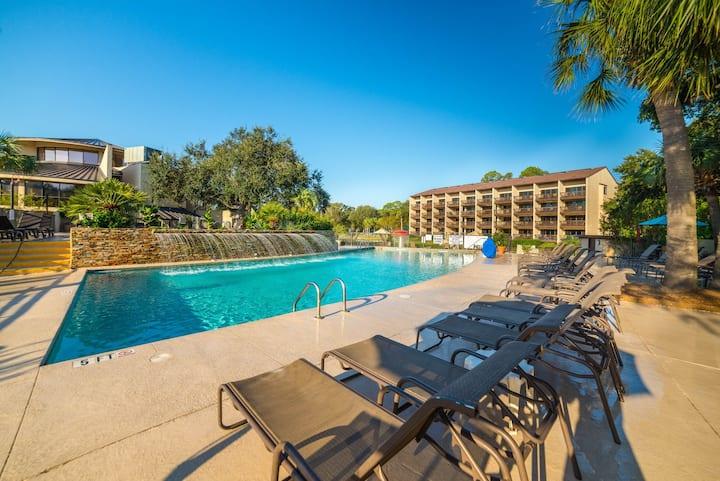Oceanfront villa w/ shared pool, hot tub, ocean views & more - beach nearby!
