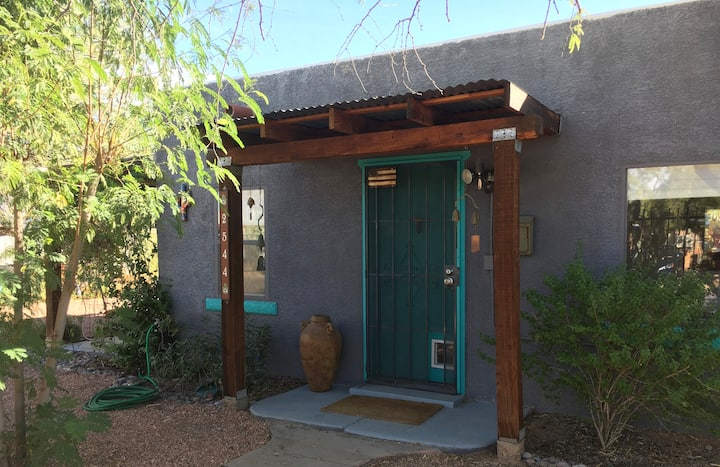 Southwest oasis with private entrance.