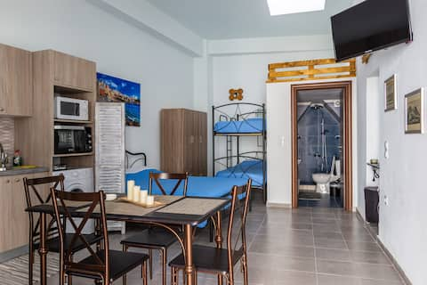 Apartment at Ermoupoli -Nicole's apartments-