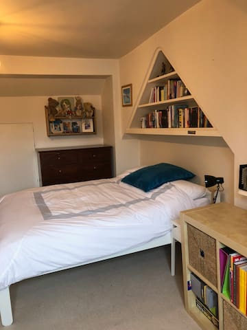 Bedroom 5 - large new double bed