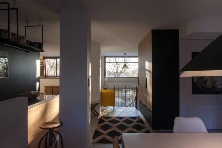 Beau loft spacieux en bord de Garonne
