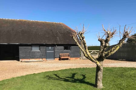 Twitches Cottage Oare - Nature on your doorstep