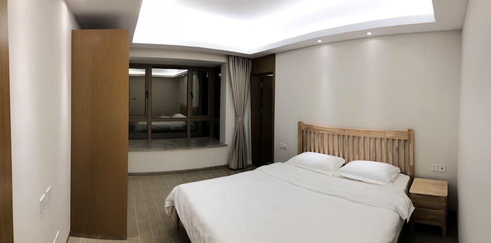 海南万宁隆源神州半岛观海阁8号楼高层公寓两室一厅2019年全年欢迎入住