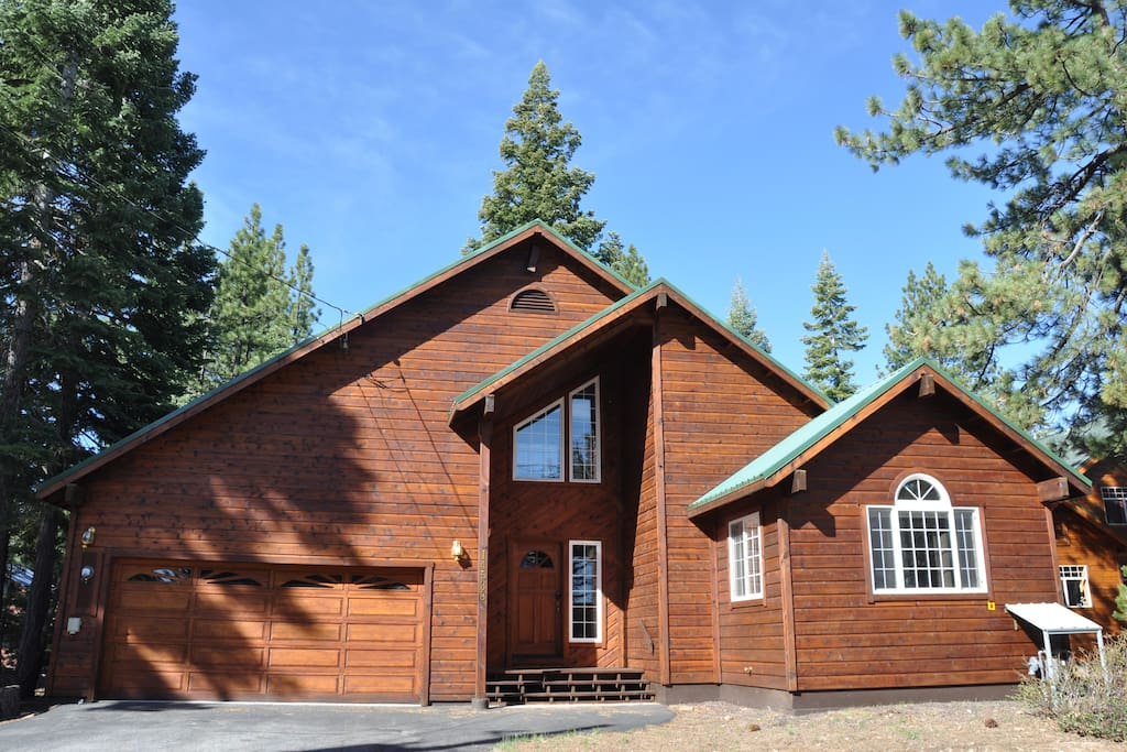 Three bedroom cabin nestled in the pines.
