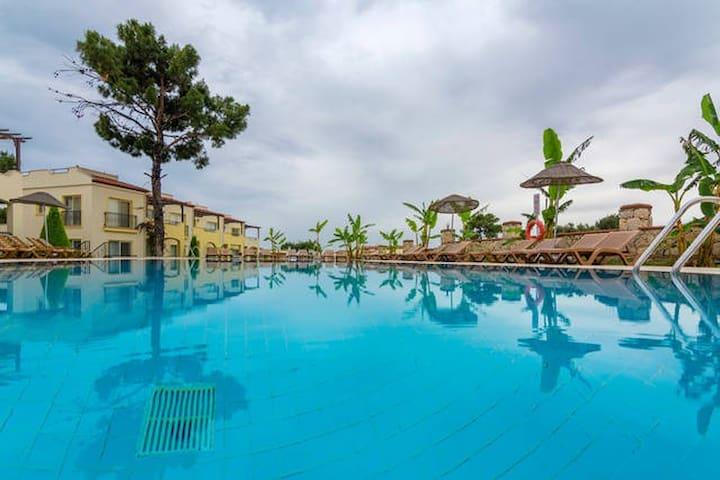Zeus 23, Apollonium SPA and Beach Resort - Akbuk - Appartement