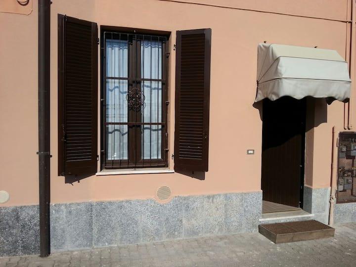 Casa, Bilocale comodo per milano e fiera expo'