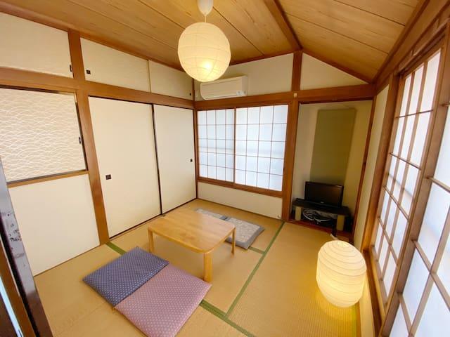 【新宿駅まで徒歩でいけます】2階建て貸切!Japanese traditional house  A