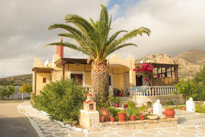 Rina's Traditional Studios, Afiartis, Karpathos