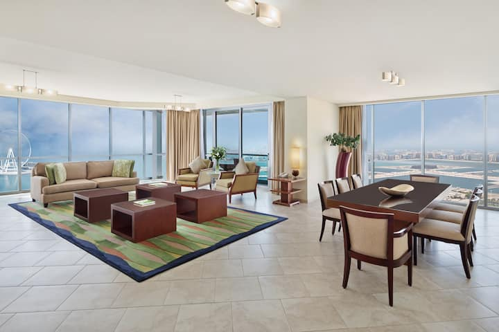 Luxury 4 Bedroom Serviced Apartment Sea View / JBR