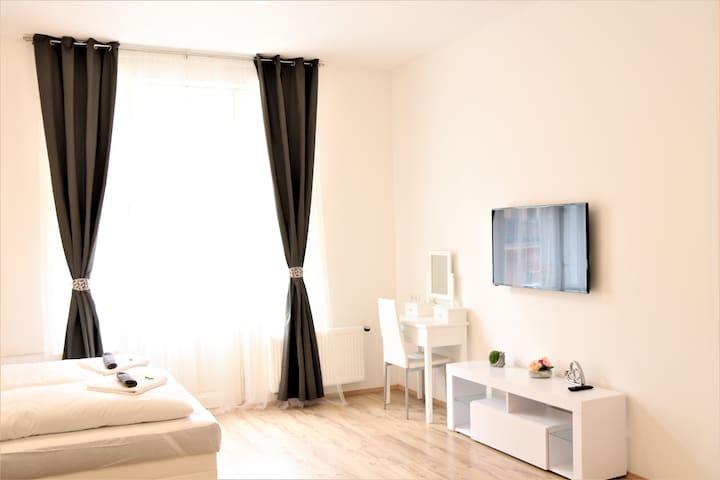 Flowers apartment 3