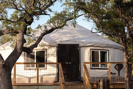 Luxury Eco Yurt at The Cedars Ranch