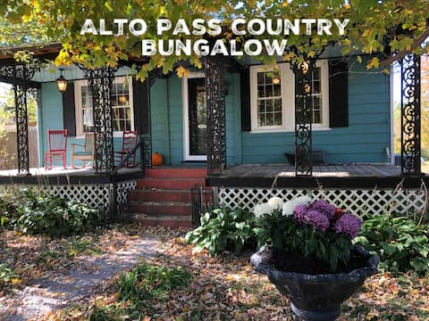 Alto Pass Country Bungalow-Wine Trail Destination