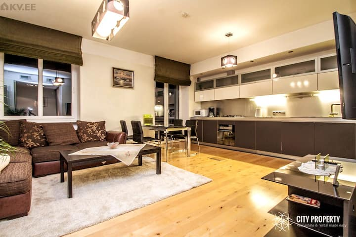 Perfect location, just 3 min walk to OldTown!