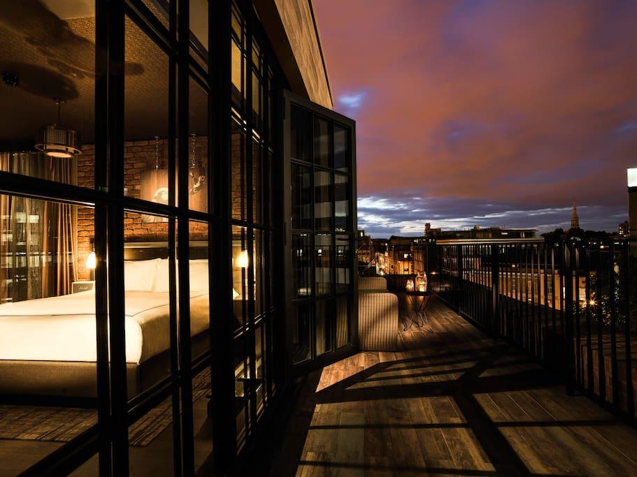 Terrace Loft Suite