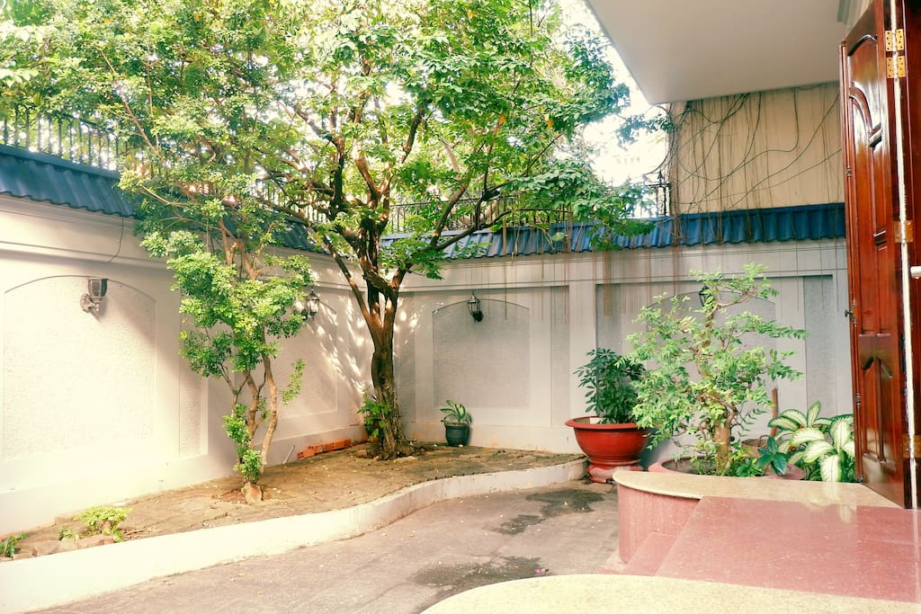 Front yard of Vũng Tàu Ali Villa 4